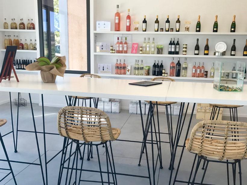 domaine fredavelle espace accueil dégustation route des vins vente de vin animation visite convivialité bouteille bib cube vigneron indépendant