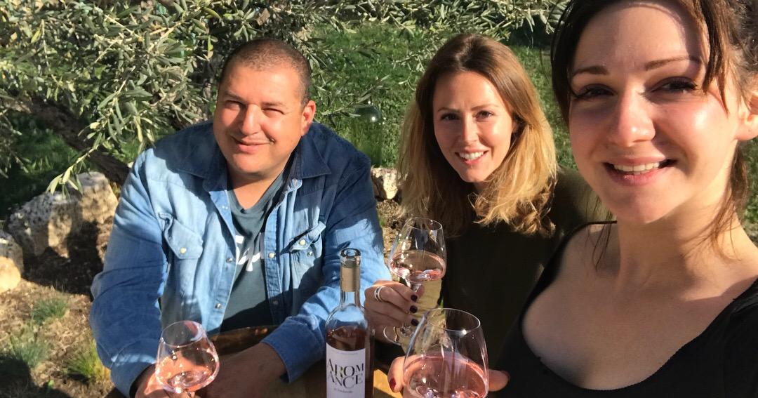 équipe domaine fredavelle david ravel olivia menigoz roxane forte medaille or concours des vins de provence aromance rosé dégustation