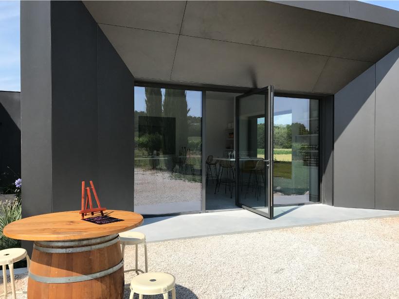 domaine fredavelle espace dégustation vin route des vins vente accueil visite cave épicerie aix-en-provence animations en extérieur tourisme paca