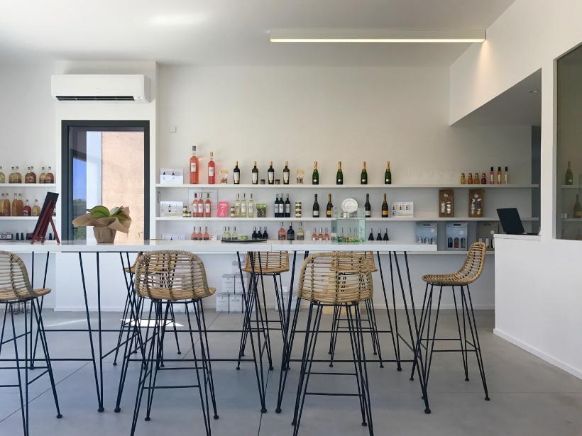 domaine fredavelle espace accueil groupe professionnels particuliers privatisation animation dégustation vin cours oenologie apprentissage vins aix-en-provence pays d'aix campagne aixoise vignes vignoble